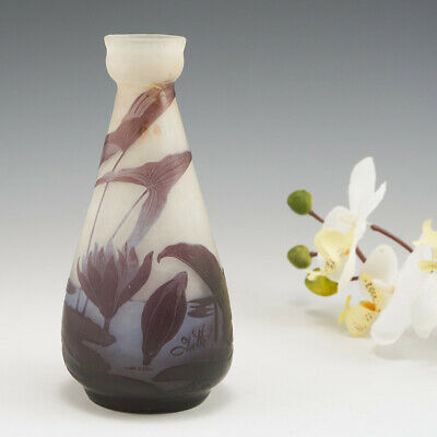 £889 • Buy Galle Vase With Water Lilies C1920