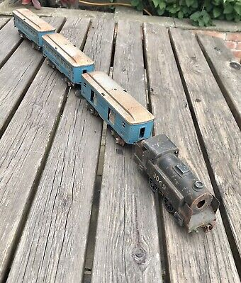 £21 • Buy Lionel O Gauge 3 Rail Vintage Loco, Coaches, Lots Of Track - Rusty - Non Runner