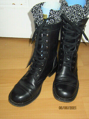 £28 • Buy CHANEL Black Leather Combat Ankle Boots W Tweed Sock Trim  38.5/5.5