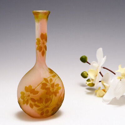 £845 • Buy A Galle Cameo Glass Vase 1905-08
