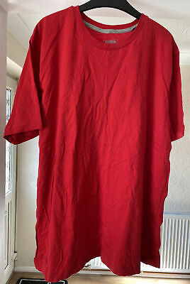 £3 • Buy Urban Spirit Red T-shirt Size Xl New With Tags