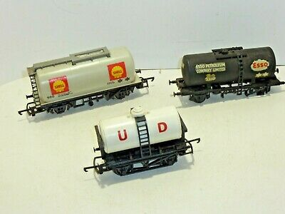 £12 • Buy HORNBY 00 GAUGE Tank  Wagons X3  UD Esso Shell Unboxed