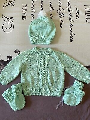 £3.50 • Buy Hand Knitted Baby Jumper, Hat, Mits And Boots Set, 3-6 Months