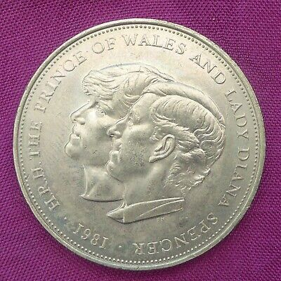 £0.99 • Buy 1981 Commemorative Crown Royal Wedding Prince Charles And Lady Diana Ref 50