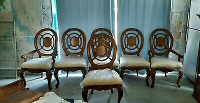$2500 • Buy Royal-Chippendale George Lll Dining Table, 6 Chairs, 2 Leafs