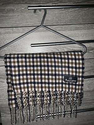 £50 • Buy Aquascutum Scarf OPEN TO OFFERS
