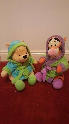 £9.99 • Buy Winnie The Pooh And Tigger In Dressing Gown 12' Plush Soft Toys