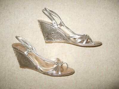£6.99 • Buy ROLAND CARTIER Size 37 / 4 Gorgeous Gold Leather Wedge Sandals Shoes