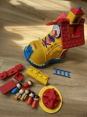 £28 • Buy Vintage Matchbox School Play Boot Shoe House 1983 With Accessories & Figures