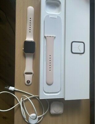 AU250 • Buy Apple Watch Series 4 40 Mm Gold Aluminum Case W/ Pink Sport Band Cellular+GPS