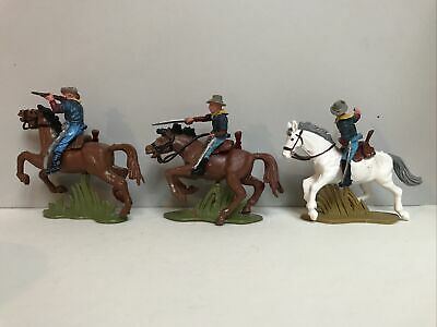 £23 • Buy Britains Herald 3 Mounted 7th / Us Cavalry  Soldiers