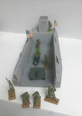 £19 • Buy BRITAINS DEETAIL AMERICAN INFANTRY With Gun And Landing Craft