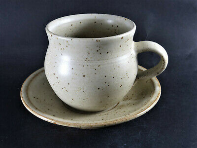 £20 • Buy RAY FINCH Winchcombe Studio Pottery Cup & Saucer Michael Cardew, Leach Link #4