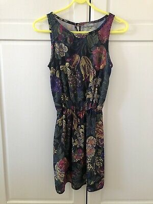 £2 • Buy Pre-Loved Green Floral LOVE Dress (concession At Topshop) Size  XS (UK 8)