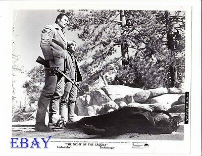 $34.99 • Buy Clint Walker Night Of The Grizzly VINTAGE Photo