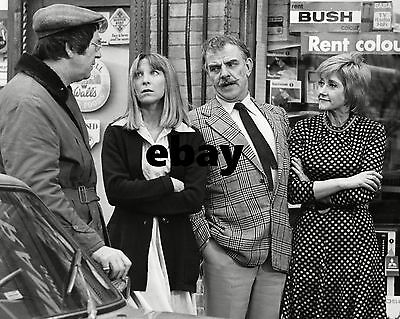 Patricia Franklin / Liz Fraser Carry On Behind 10  X 8  Photograph • 3.50£