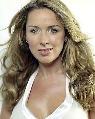 Claire Sweeney 10  X 8  Photograph No 4 • 3.50£