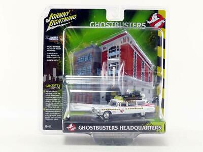 Johnny Lightning 1959 Cadillac Ecto-1A Ambulance Firehouse Diorama Ghostbusters • 14.46£