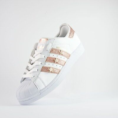 huge selection of c075f be0cc Scarpe Adidas Superstar Con Tessuto Rosa E Stelle • 149€
