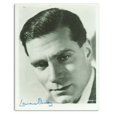 Laurence Olivier Autograph Signed Photograph • 245£