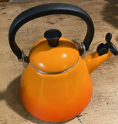 Le Creuset Traditional Orange 1.6 Litres Stove Top Whistling Kettle #61B • 30£