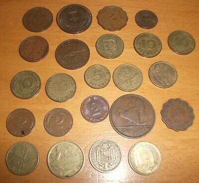 Assortment Of Foreign Coins - 23 Coins • 3£