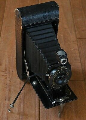 $ CDN7.04 • Buy Vintage 1920s KODAK 2-C Folding Film Camera Body & Lens Antique Collectable