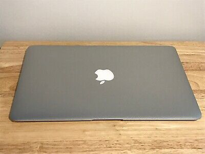 $580 • Buy MacBook Air (2017) 13 Inch   1.8Ghz   256GB SSD ( 92 Cycle Count)