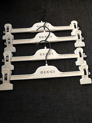 $45 • Buy Gucci Set Of 4 Ivory Felt Covered Plastic Non-Slip Pants Hangers With Clip 15