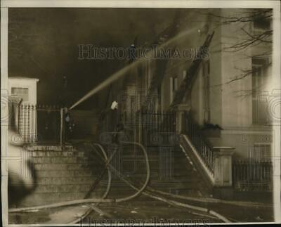 1930 Press Photo Fire At White House Executive Offices Of President Hoover • 15.66£