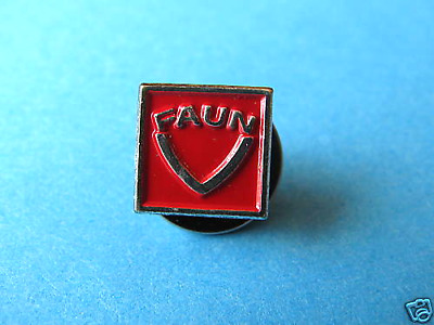 Faun Tractors Logo Pin Badge VGC • 2.75£