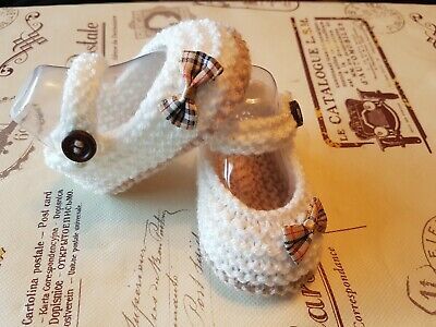 Hand Knit Beige And Cream With Beige Burberry Tartan Bow Baby  Shoes  • 4.50£