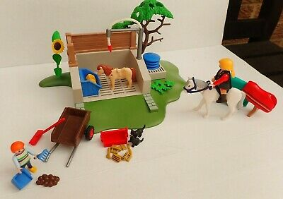 PLAYMOBIL HORSE WASH STATION  4193  With Extra Items  • 9.95£