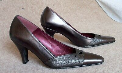 Orlando Pewter Leather Court Shoes 3  Heels UK Size 4 (EU 37) • 12£