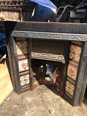 Victorian Style Cast Iron Tiled Fireplace Insert • 25£