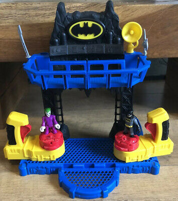 Imaginext FKW12 Battle Bat Cave With Batman And Joker Figures • 29.95£