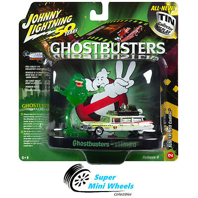 Johnny Lighting 1:64 Diorama - Ghostbusters - Ecto-1A Ambulance With Figurine • 9.40£