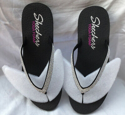 Sketchers Ladies New  YOGA FOAM Black & Diamanté Flip Flops Size US 10 EU40 UK 7 • 25.99£