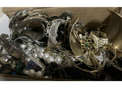 $ CDN35 • Buy Unsearched Untested Estate Jewelry Lot 10 Pc Vintage - Now