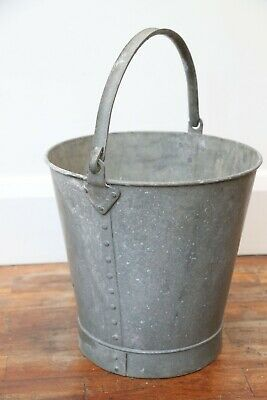 Vintage Riveted Large Galvanised Bucket, Planter, Garden Feature • 13.99£