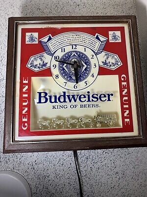 $ CDN66.66 • Buy Budweiser Wall Clock Lighted Beer Sign Clydesdales Horses Vtg