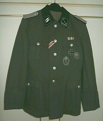 WWII GERMAN OFFICER'S TUNIC WITH INSIGNIA. REPRO. Very Good Condition. • 115£