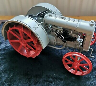 DANBURY MINT 1927 FORDSON F TRACTOR 1:16 Pre-owned • 25£