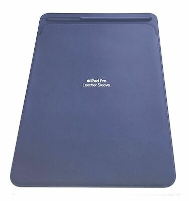 Official Apple IPad Pro 10.5  Leather Sleeve Cover Case MPU22M/A - Midnight Blue • 34.99£