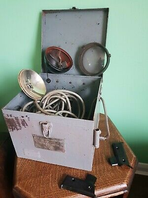 WW2 US Navy USN Signal Lamp In Large Tin Case Box • 75£