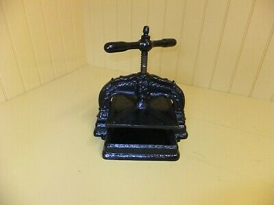 Vintage French Cast Iron Book Press • 280£