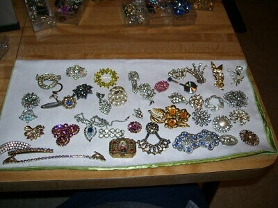 $ CDN17.76 • Buy Lot #2 Vintage Estate Costume Jewelry Gemstone Brooches Pins Old