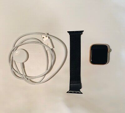 AU250 • Buy Apple Watch Series 5 40 Mm Gold-Tone Aluminium Case (GPS) With Black Metal Band