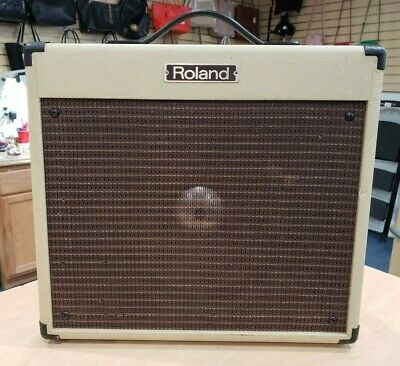 AU439.82 • Buy Roland BC-30 BluesCube 30-Watt RMS 1x10  Guitar Combo Amplifier Pre-owned
