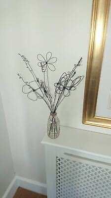Wire Sculpture - Spring Flowers • 45£